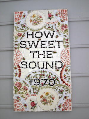 How Sweet The Sound Sign 004 e-mail