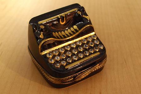 Limoges Typewrite 007 e-mail