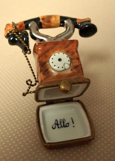 Telephone Limoges edit e-mail 011