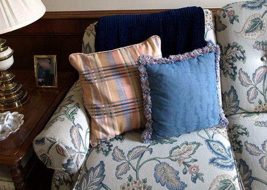 Pillows edit e-mail 001_edited-1