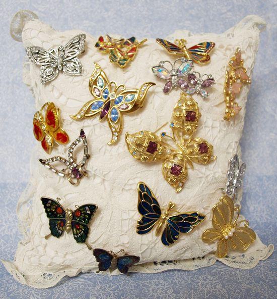Butterfly Pin Pillow 003 edit e-mail