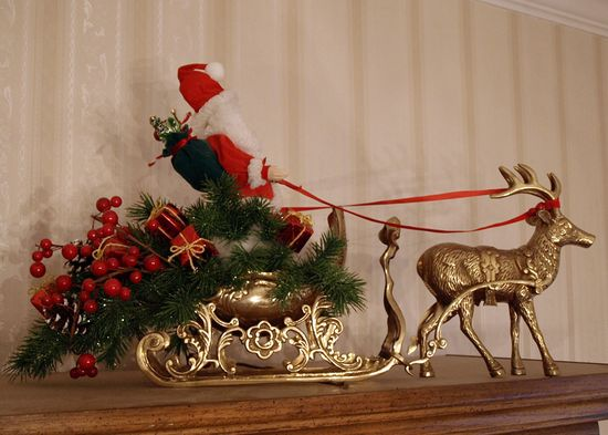 Santa in Brass Sleigh edit e-mail