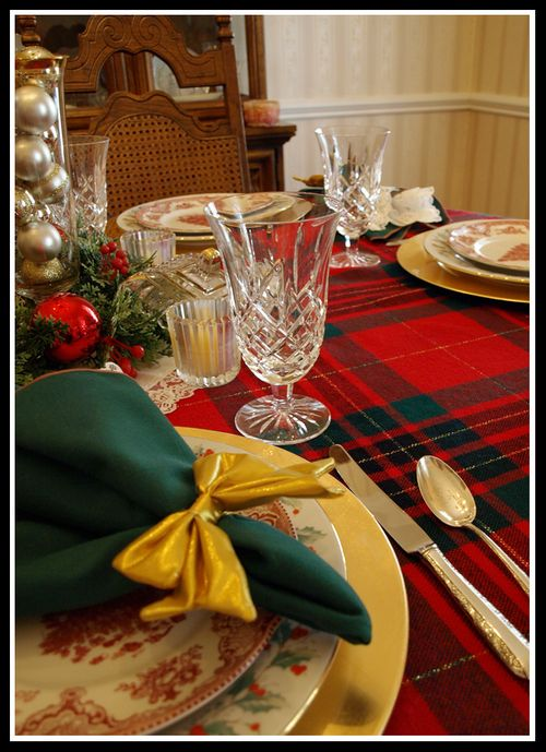 Tablescape 029 edit e-mail