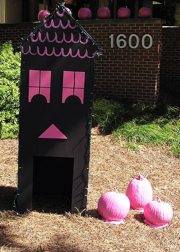 Pink Halloween Display 5