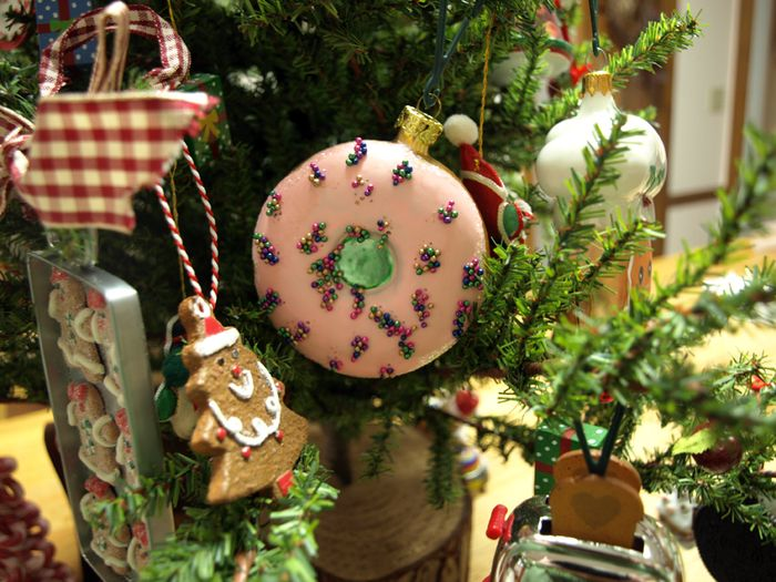 Pink donut kitchen tree ornament e-mail