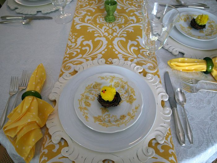 Easter Table 4 edit e-mail