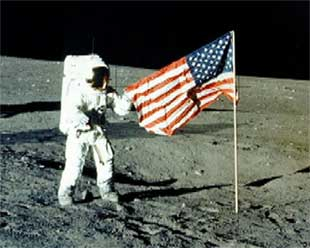 Neil-armstrong-moon-flag