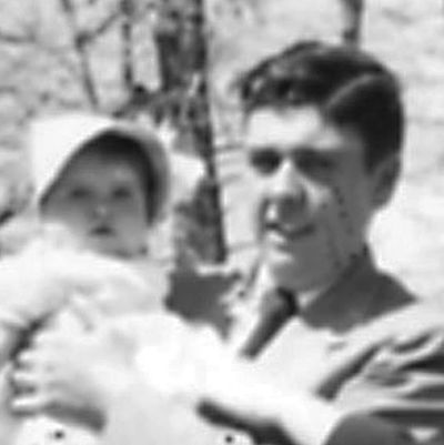 Bob and Beverly Easter 1953