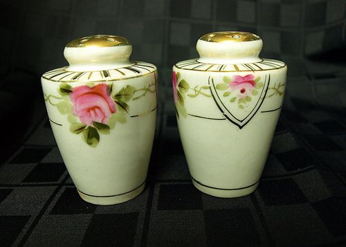 Nippon Salt and Pepper Shakers set