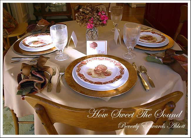Thanksgiving Breakfast Room Tablescape