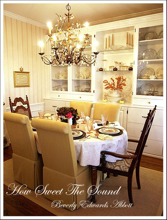 Thanksgiving Dining Room Tablescape