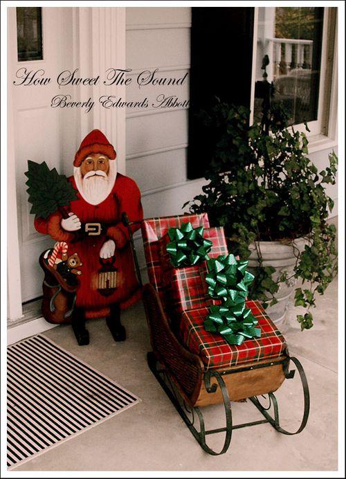 Christmas House  Outside Front (7)