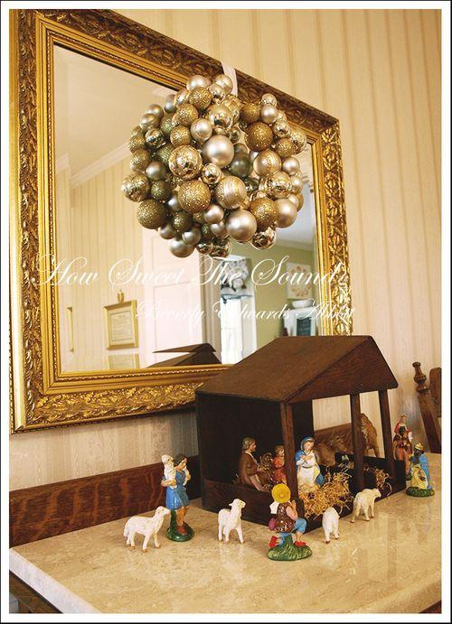 Christmas Dining Room 7