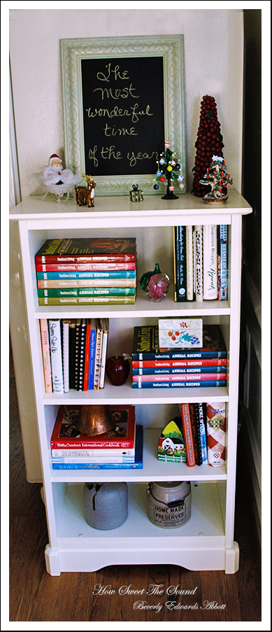 Christmas Breakfast Room Bookcase