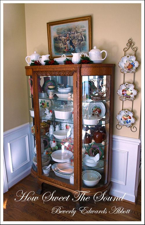 Christmas Breakfast Room Bowfront Cabinet