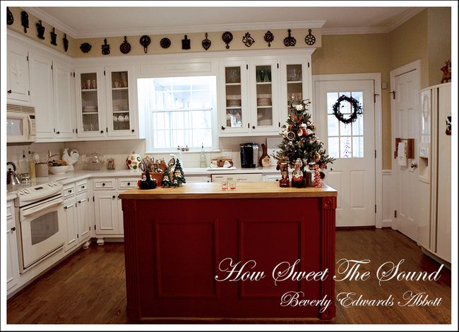Christmas Home Tour - Day Six In My Christmas Kitchen