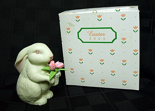 Department 56 Easter Bunny 2003