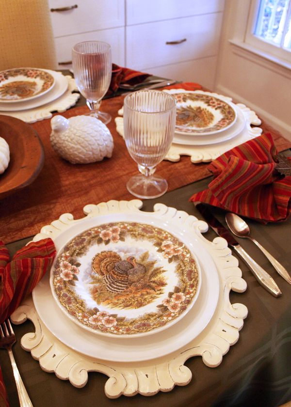 Thanksgiving Table (3)