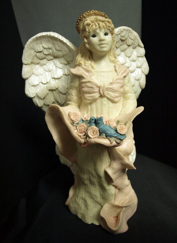 United Design Angel Roses & Bluebirds