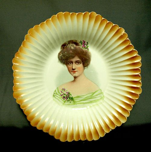 Portrait Bowl